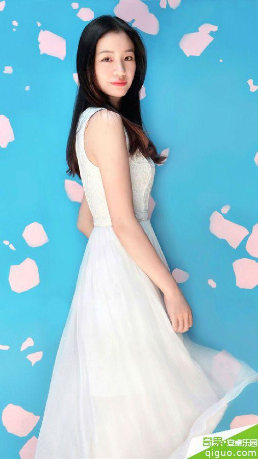 白裙女神北电小花彭豆豆写真手机壁纸720*1280[多图]