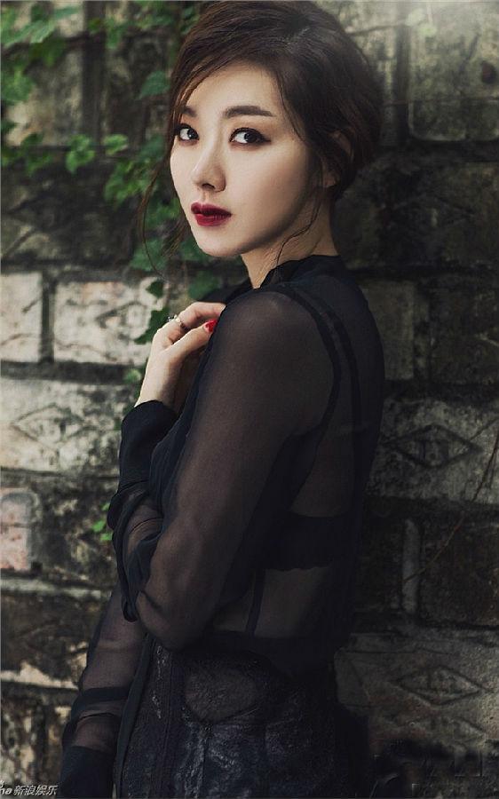 复古韩国演员苏怡贤壁纸650*1300[多图]