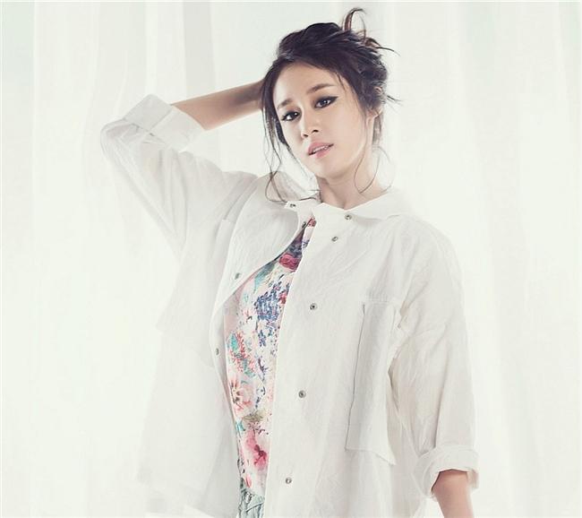 美女组合T-ara写真壁纸650*874[多图]